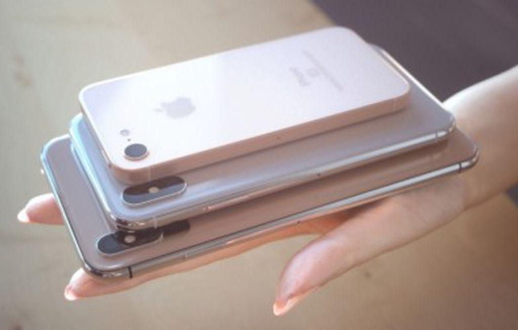 Üç Kameralı iPhone X Plus və Yeni iPhone 2 SE-nin Ən Real Konsepsiya Dizaynı!