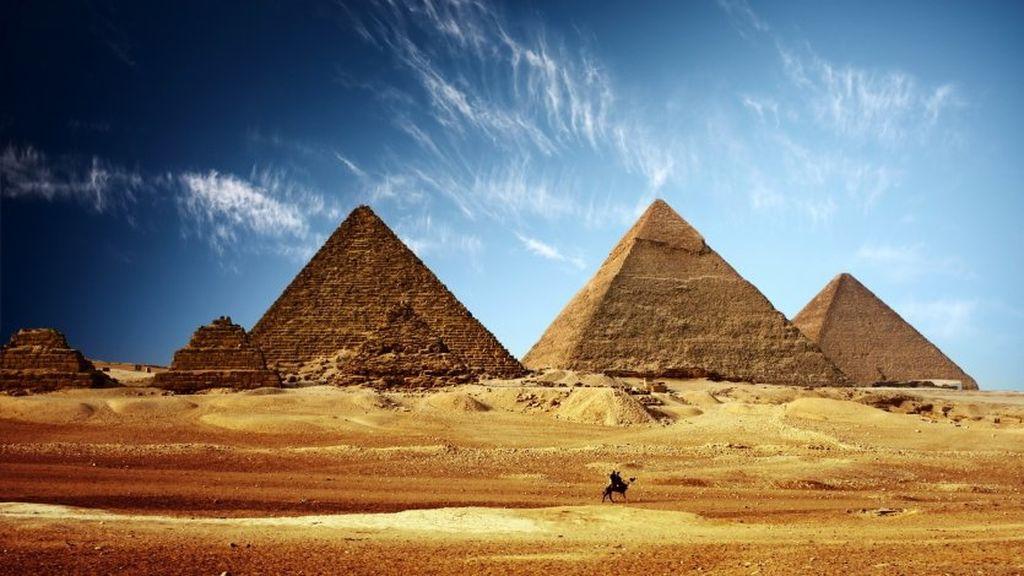 Necə inşa edildiyi maraqlı olan Misir piramidalarının sirri açıldı!