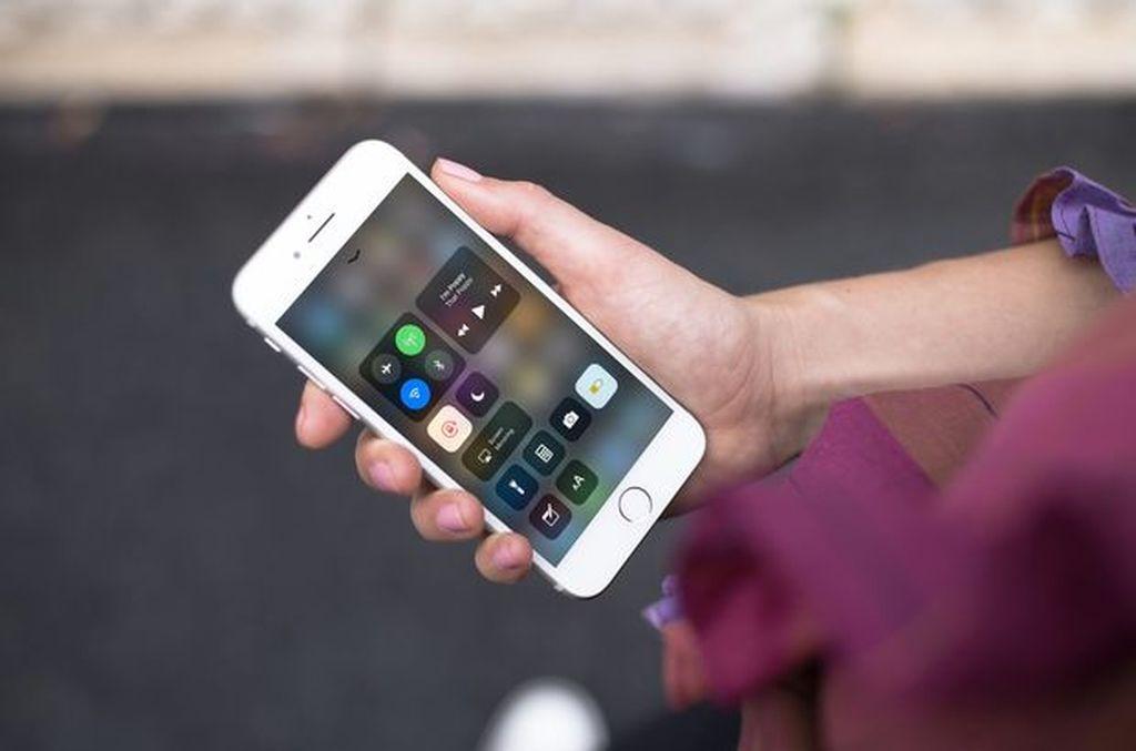 Çox adamın bilmədiyi, bütün məlumatların silinməsinə səbəb olan təhlükəli iPhone xüsusiyyəti!