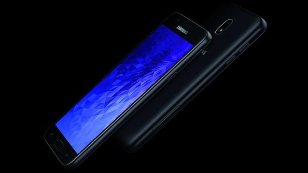 Samsungun yeni orta-giriş səviyyə telefonları Galaxy J3 (2018) və J7 (2018) tanıdıldı