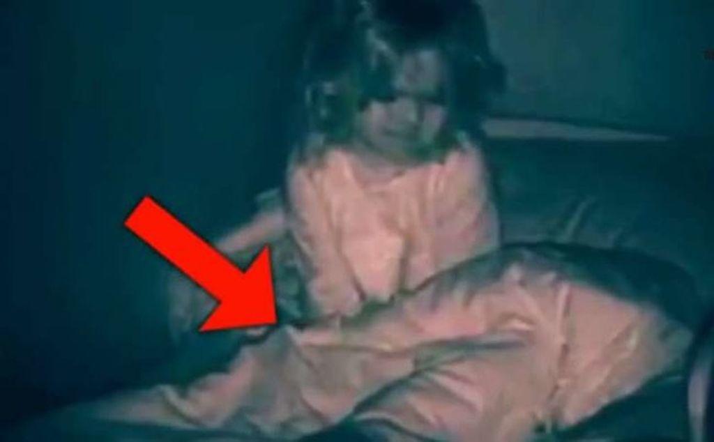 Heç vaxt yatmayan qız - Onu yatmağa qoymayan SİRR / VİDEO